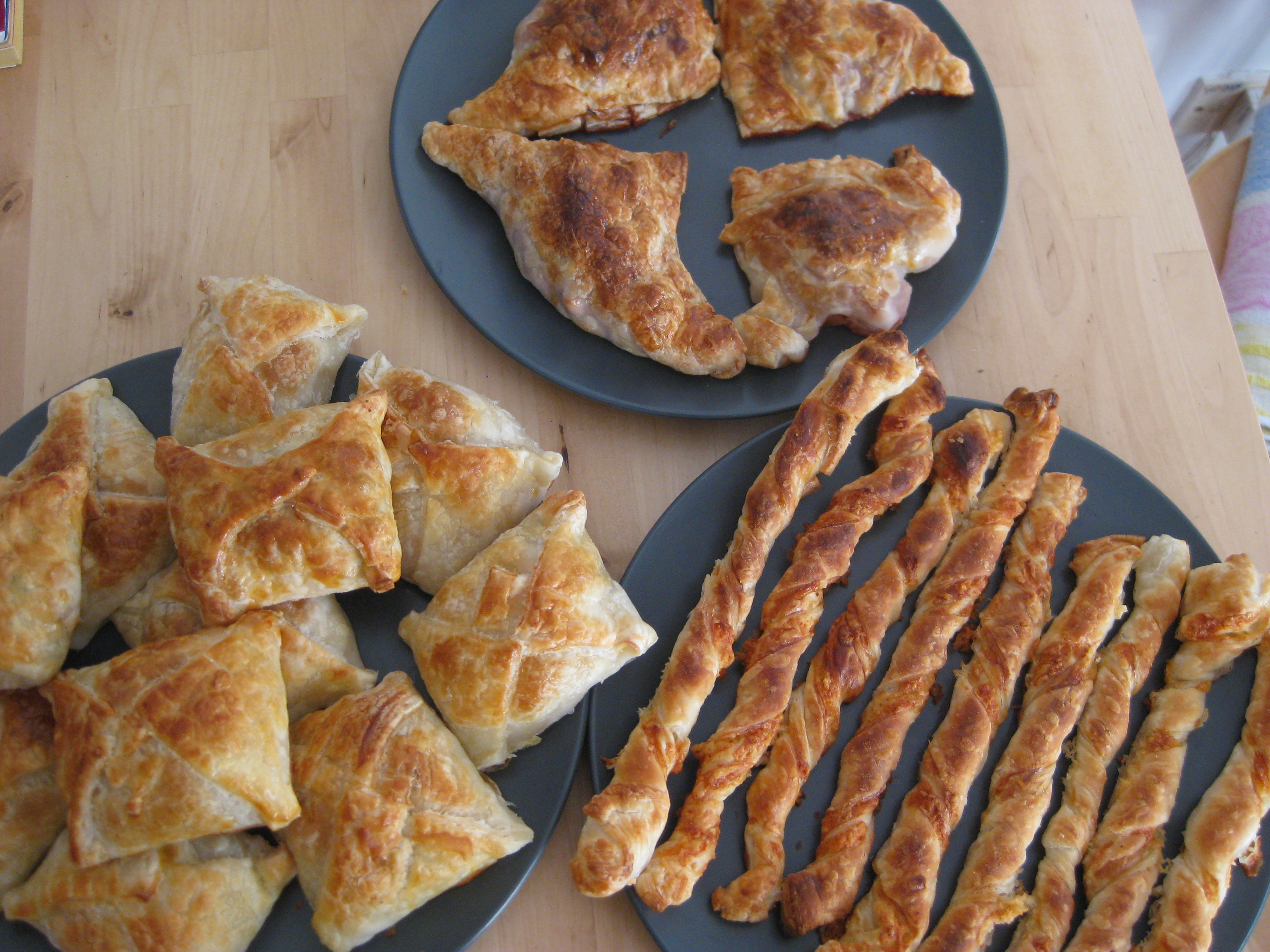 how to make pasties with ready made pastry