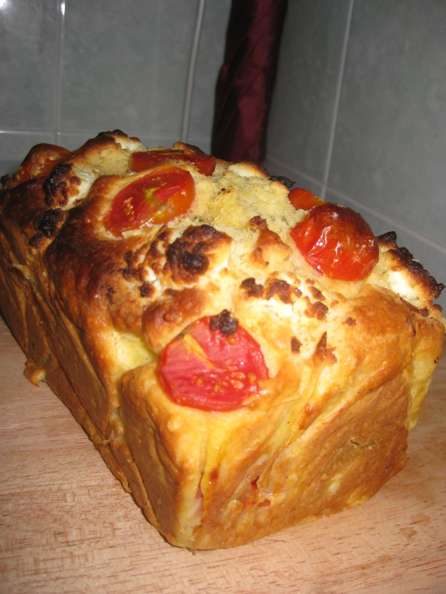 Tomato, Basil & Goat's Cheese Loaf | Herbivores' Heaven