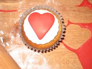 Raspberry Romance Cupcakes (19)