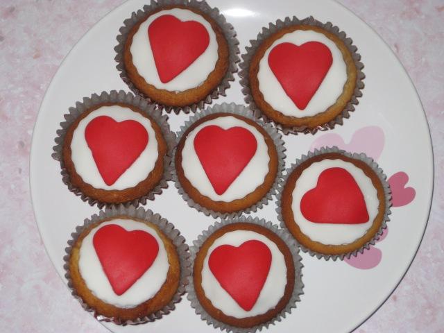 Raspberry Romance Cupcakes (23)