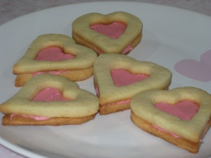 Rose And Vanilla Heart Sandwiches (14)