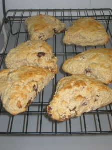 Fig And Hazlenut Scones (10)