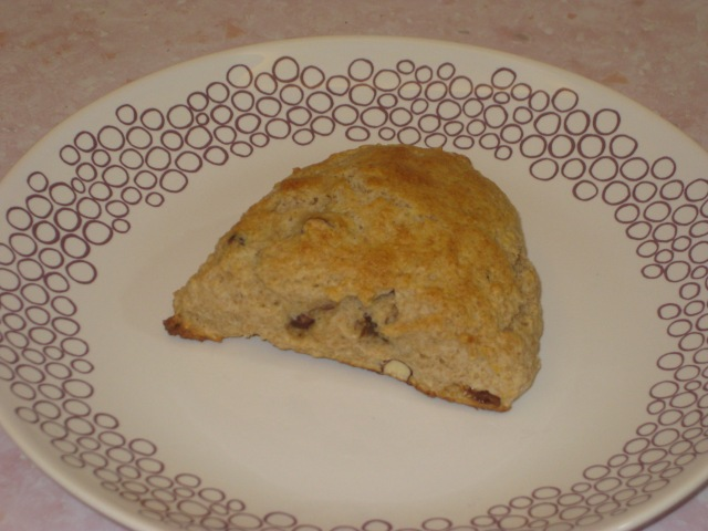 Fig And Hazlenut Scones (12)