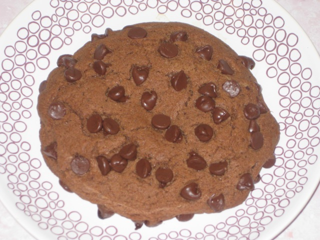 Giant Chocolate Chip Cookie (13)