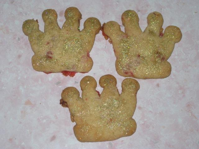 Crown Cookies (12)