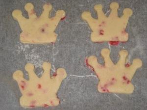 Crown Cookies (6)