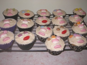 Liquorice And Blackcurrant Monster Cupcakes (11)