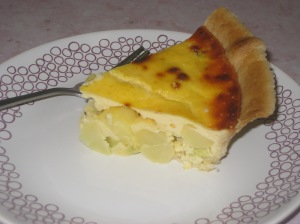 New Potato, Spring Onion and Cheddar Quiche (16)