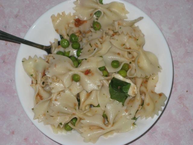 Deli Pasta Salad (9)