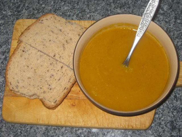 Curried Butternut Squash and Apple Soup (11)