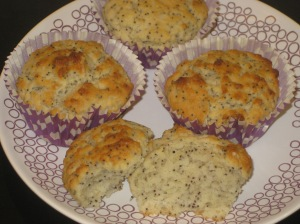 Lemon and Poppyseed Muffins (12)