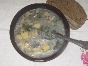 Street Vegan Spinach Potato Mushroom Soup (1)