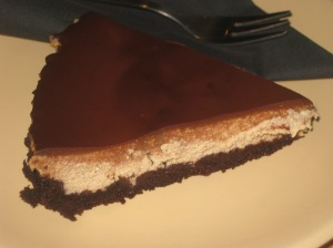 Moment Gingerbread Cheesecake