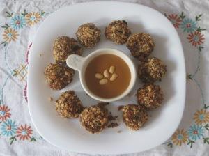 Minimalist Baker Quinoa Meatballs (3)