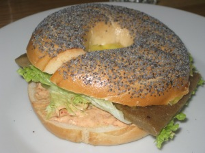 moment-bagel-with-robi