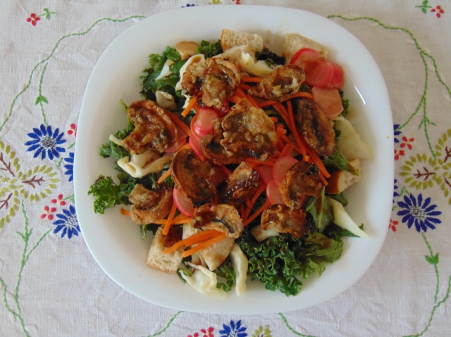 vegan-bowl-attack-banh-mi-panzanella-salad-1