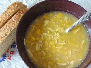 30-minute-vegan-creamy-corn-soup-2