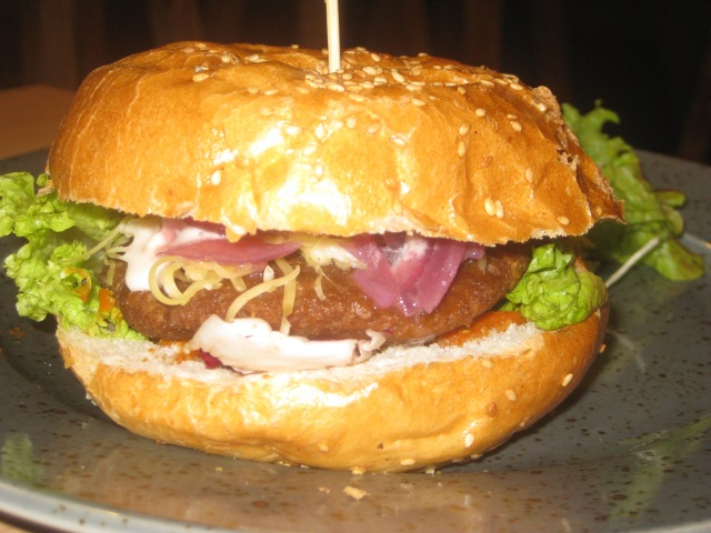 waipawa-cheeseburger