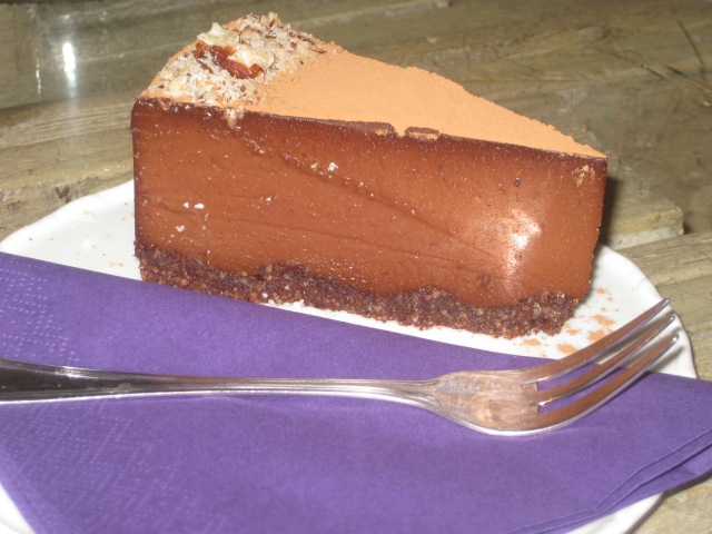 sweet-secret-of-raw-chocolate-3